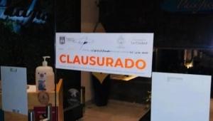 Clausuran estacionamiento en Guadalajara donde realizaban una fiesta