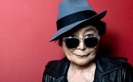 A sus 87 años, Yoko Ono está en silla de ruedas y cuidados especiales