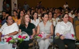 """""""Hay muchos retos que superar en equidad de género"""" reconoce la presidenta del DIF"""