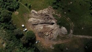 Piden apoyo federal para identificar restos de fosa; son de al menos 37 personas